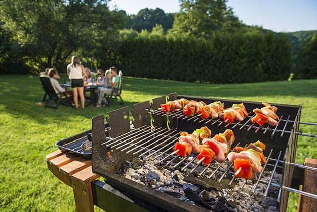 5 Grilling Hacks and Recipes That'll Make Dad Look Like a Genius