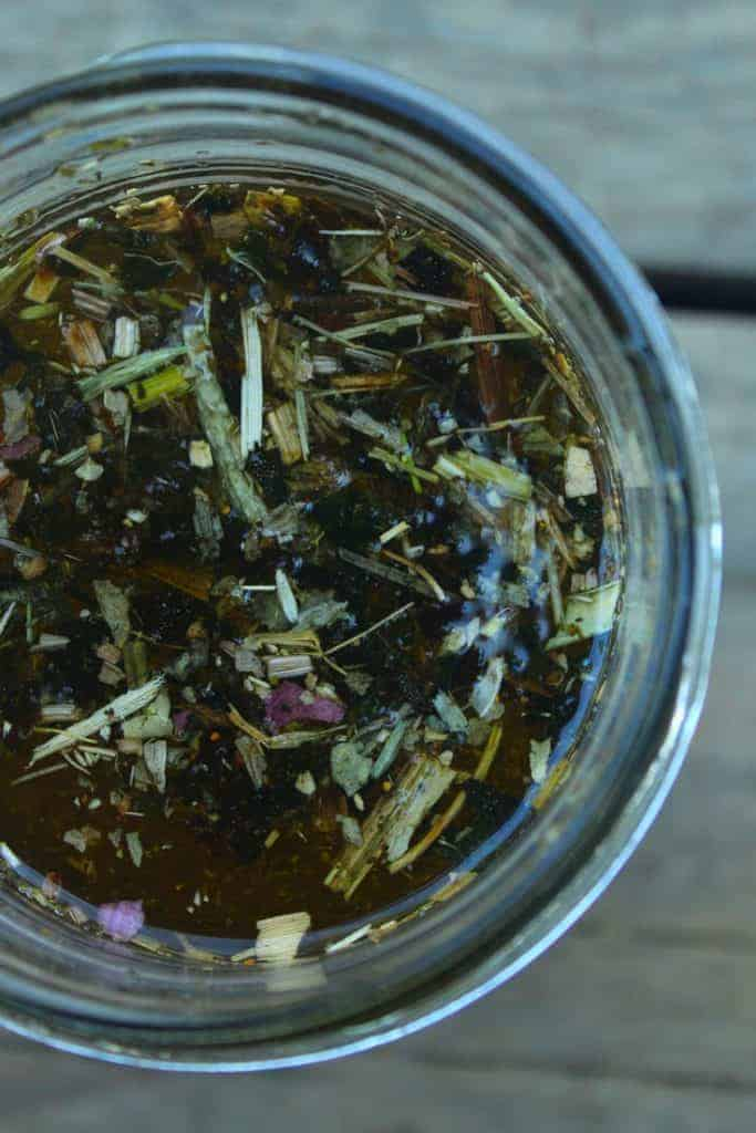 how to infuse oils with herbs