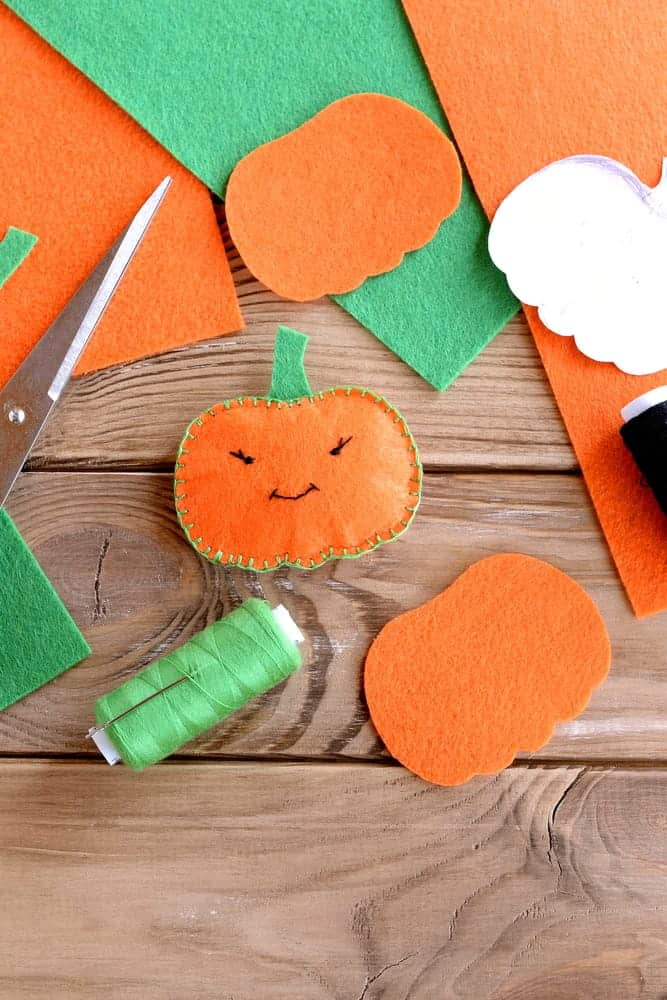 Easy Pumpkin Felt Craft
