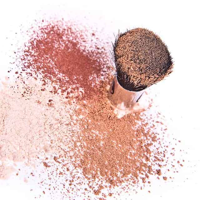 Make Your Own Makeup With These Simple Recipes!