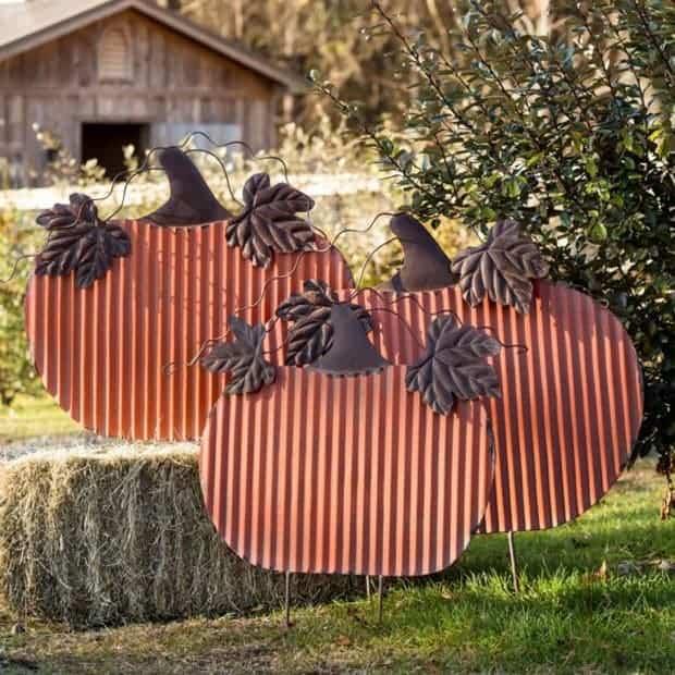 Large Painted Tin Yard Pumpkins