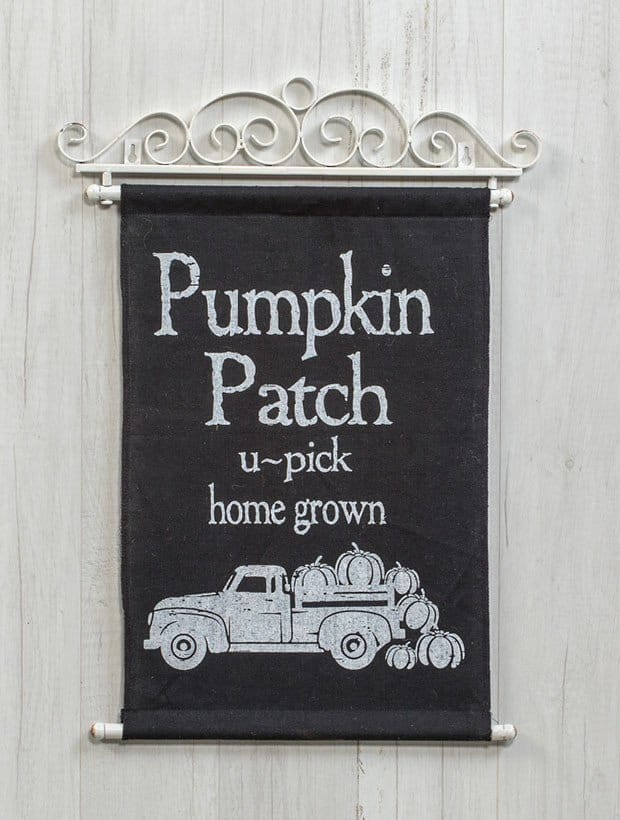 Pumpkin Patch Cloth Scroll Sign 2